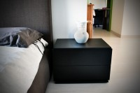Insolito bedside table