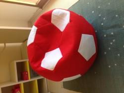 pouf ball
