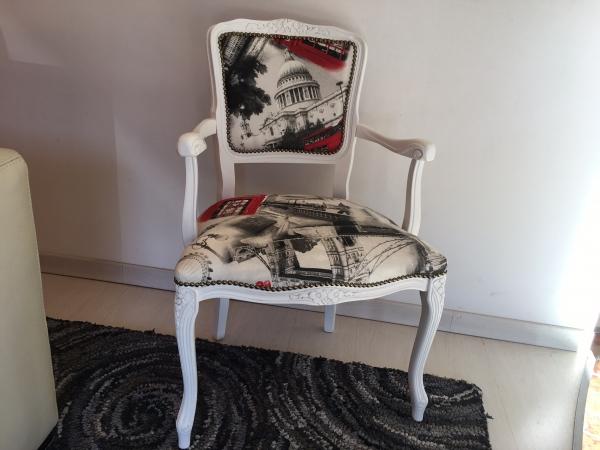 sedia camera Parigina